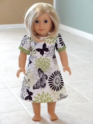 Simple American Girl doll dress pattern - looks like my future will be filled with lots of small seams.  ;) For Delia