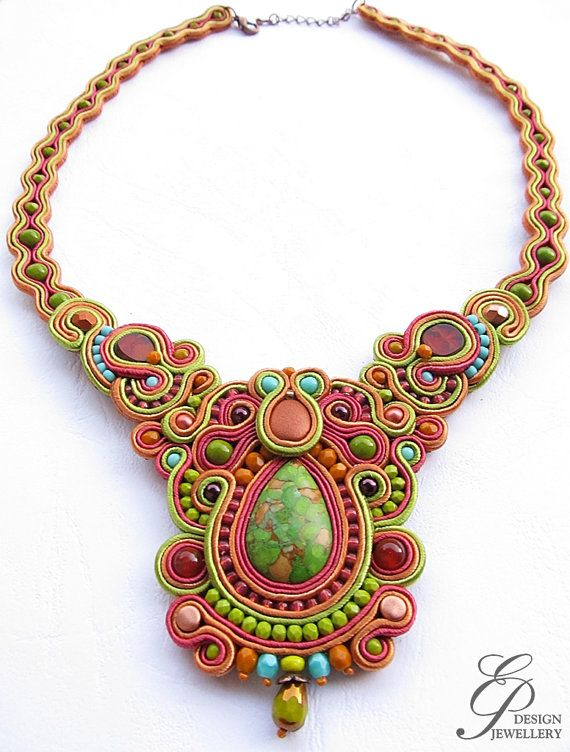 Soutache necklace in autumn colors green cinnamon by EditBeadIt
