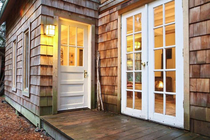 Gingerbread cottage - Chalets for Rent in Point Roberts, Washington, United States