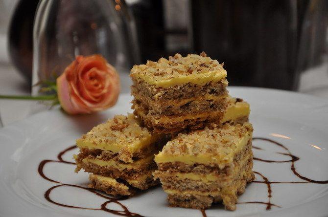 """Prajitura """"Nu ma uita"""" este un desert delicios! Se face repede si este o incantare cu siguranta pentru papilele gustative."""