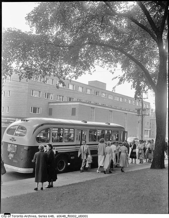 A crowd of ladies waiting to board a TTC bus, 1950s. #vintage #1920s #transportation #Canada #Toronto