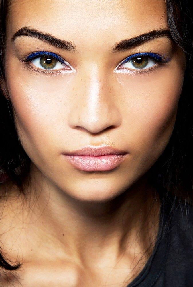 Maquillage pour les brunes : comment utiliser la couleur sur une peau métissée ?