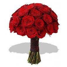 Bouquet 30 Rosas Vermelhas  As rosas de amor!   Um ramalhete alegre e apaixonado. Formulado com lindas rosas vermelhas, este Bouquet irá seduzi-la com a sua cor profunda e natural.   É uma maneira perfeita de enviar uma saudação à moda floral.