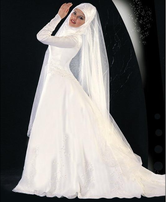 """This is a great example for """"A #Hijab Wedding Dress"""""""