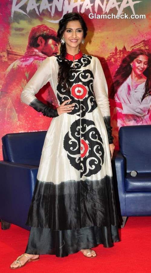 Sonam Kapoor Vivacious in Anarkali