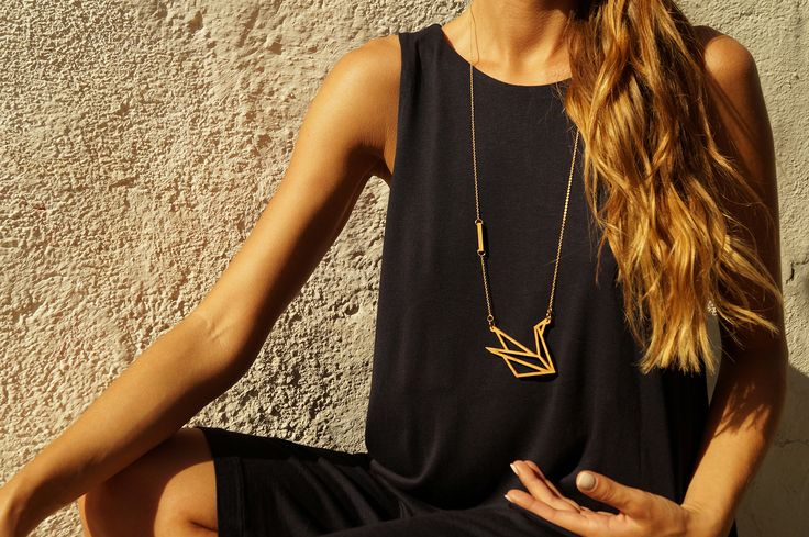 aphrodite necklace // wooden pendant - Aphrodite, Goddess of Love and Beauty, has been identified with grace and balance. Feel the beauty and the grace of a swan, Aphrodite's sacred bird!