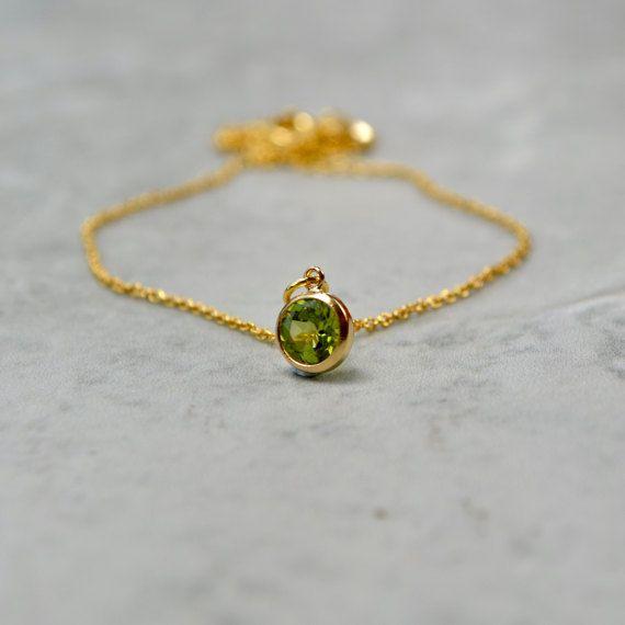 Peridoot ketting sierlijke Gemstone ketting groene door Phoebedreams