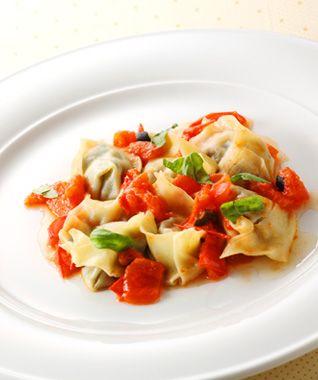 なすとリコッタチーズのトルテッリーニ トマトソース
