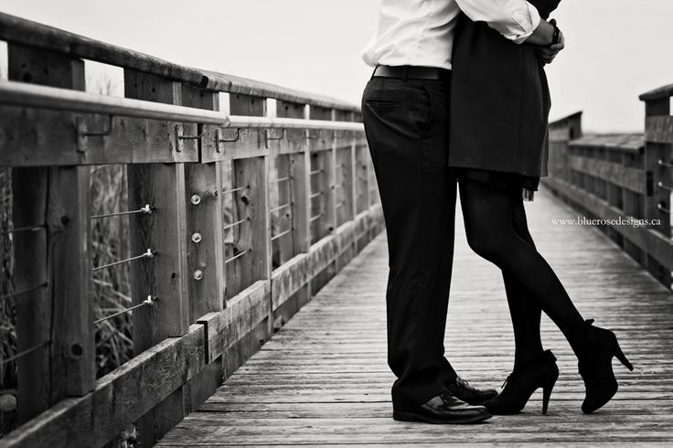Classy shoe shoot at this engagement session at Point Pelee National Park.   #BlueRoseDesigns #engagement #engaged #engagementphotography #esession #engagmentsession #engagementphoto #shesaidyes #windsorweddings #windsorweddingphotographer #PointPelee #engagementposes #PointPeleeNationalPark