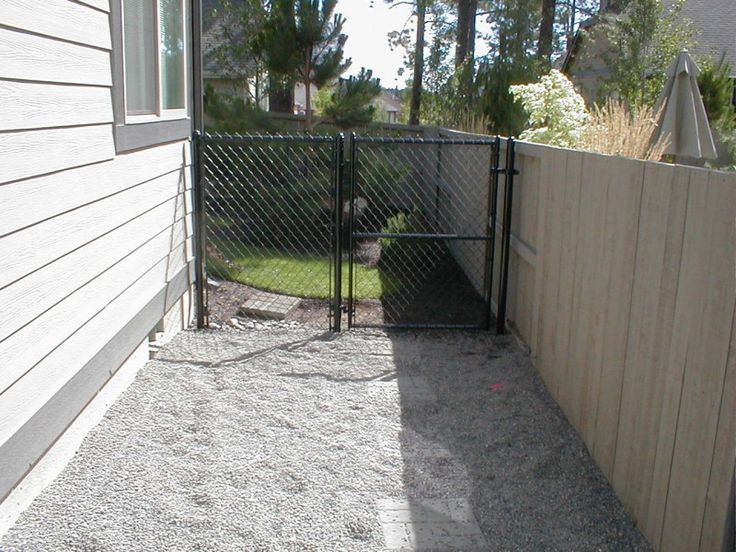 Pea Gravel Backyard For Dogs : Dog runs, Dogs and Pea gravel on Pinterest