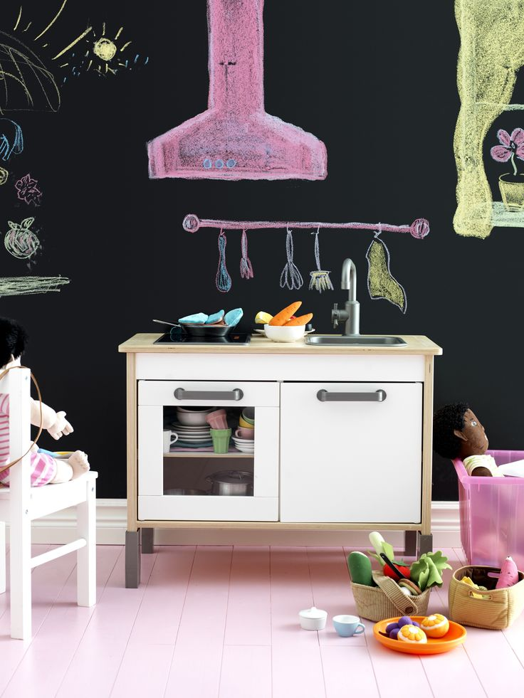 DUKTIG Speelgoedkeuken | #IKEA #IKEAnl #Kerst #speelgoed #spelen #keuken #.  Ikea Play KitchenKid ...
