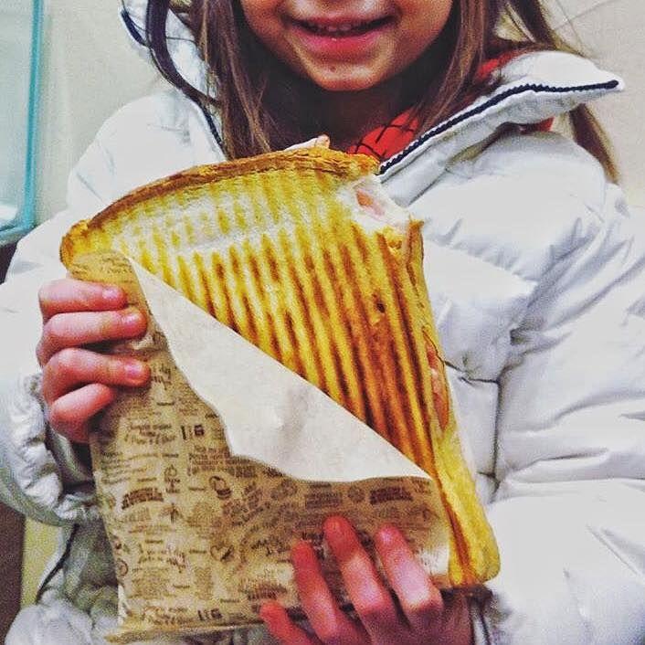 La nostra soddisfazione più grande? Il sorriso dei bambini quando arriva il loro #capatoast 🍞😊