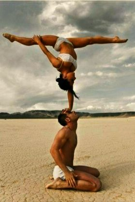 Acro yoga couple. Wow! More inspiration at…