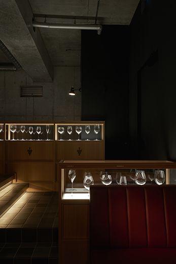 インテリア / ワインバー / グラスショーケース interior / wine bar / glass showcase