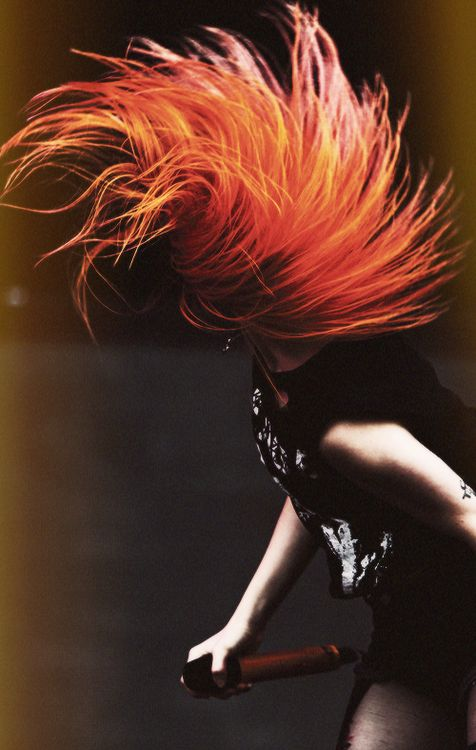 hayley williams look at that hair