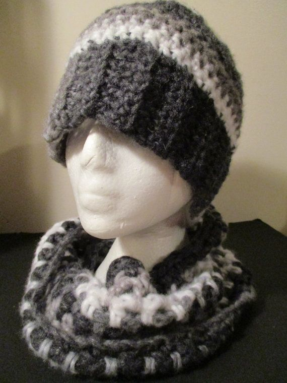 Greyscale Messy Bun Touque and Infinity Scarf by ChocolateMountain