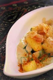 Vegetarische indische Zucchini-Frischkäse-Pfanne mit karamellisierten Ananas - Rezept                                                                                                                                                                                 Mehr