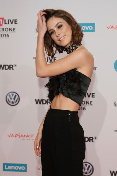 Lena Meyer-Landrut Photos - Lena Meyer-Landrut attends the 1Live Krone at Jahrhunderthalle on December 1, 2016 in Bochum, Germany. - 1Live Krone 2016