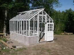 Image result for bygga eget växthus av gamla fönster