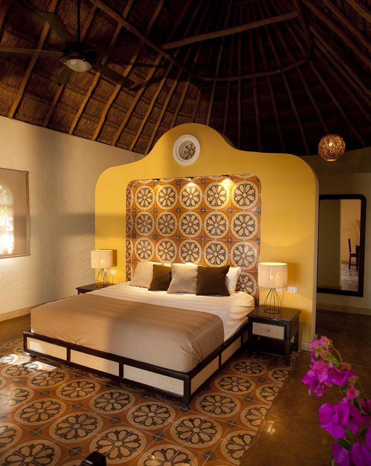 Sotuta de Peon Deluxe Room (Yucatan, Mexico) These lovely bungalows have an outdoor patio with a private pool / Estas habitaciones son lindos búngalos en cuyo patio exterior se encuentra una agradable piscina privada