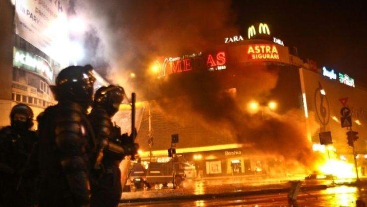 Mueren Otras Seis Personas Por Incendio En Club Nocturno De Bucarest; Aumentan A 38 Víctimas