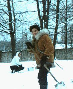 elvis presley Graceland December 1967 - click on it cause it's a gif