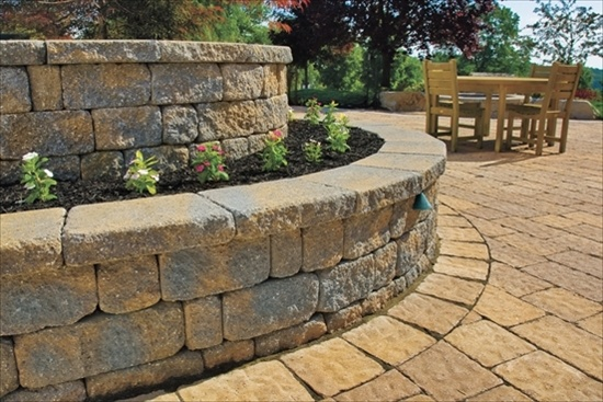 Garden wall by EP Henry Decorative Walls