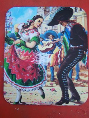 Jalisco: Charro y China Poblana Bailan el Jarabe Tapatio.