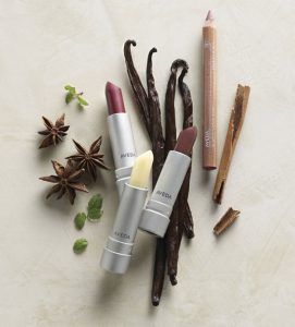 Aveda Makeup | 13 Eco-Friendly Makeup Brands, check it out at http://makeuptutorials.com/eco-friendly-makeup/