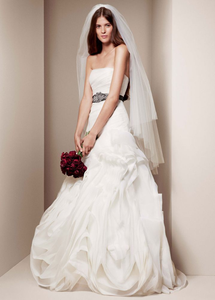 White by vera wang organza trumpet wedding dress white for Vera wang trumpet wedding dresses