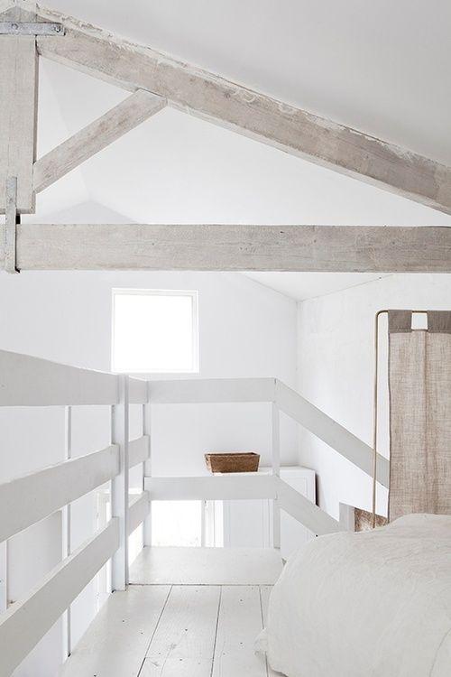 white loft - wit - interieur - slaapkamer