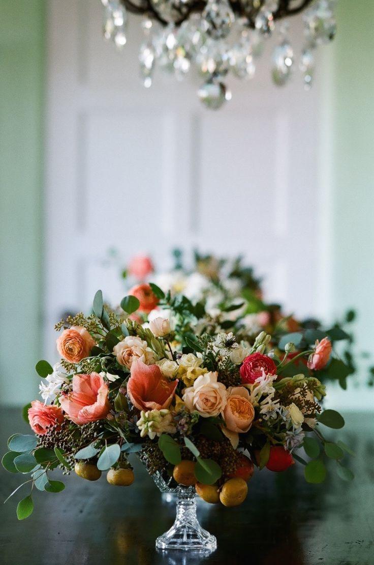 Autumn Wedding / Kiana Underwood / tulipina.com | Photography: Nathan Underwood / nruphoto.com Flowers: amaryllis, rose, tweedia, tuberose, privet, persimmon, pomegranate, ranunculus, eucalyptus, nigella, nerine lily, cyrtanthus.