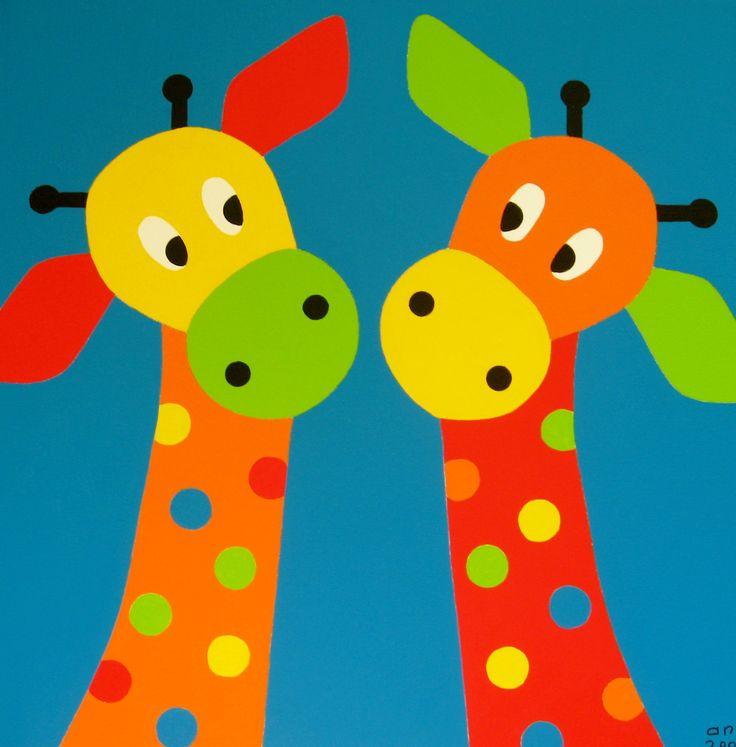 SAMEN. Giraffenkopjes met blauwe achtergrond. In iedere kleur te kiezen voor op de babykamer en kinderkamer.