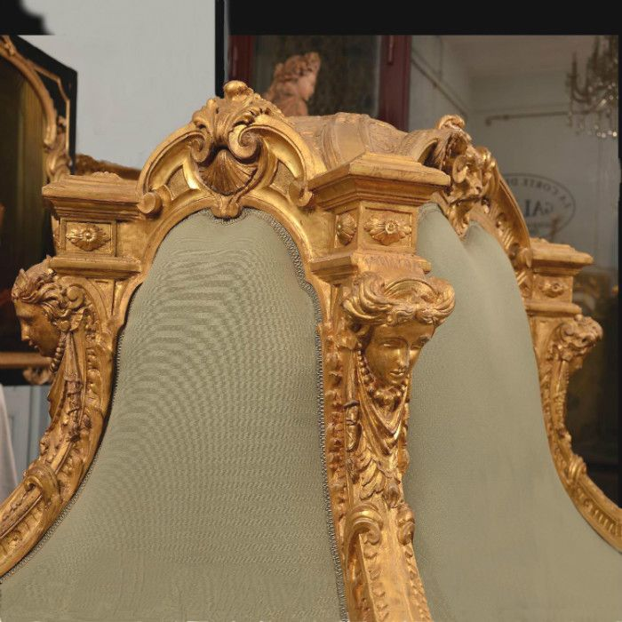 Sofa circulaire dite sultana italie xix me si cle for Lions meuble circulaire
