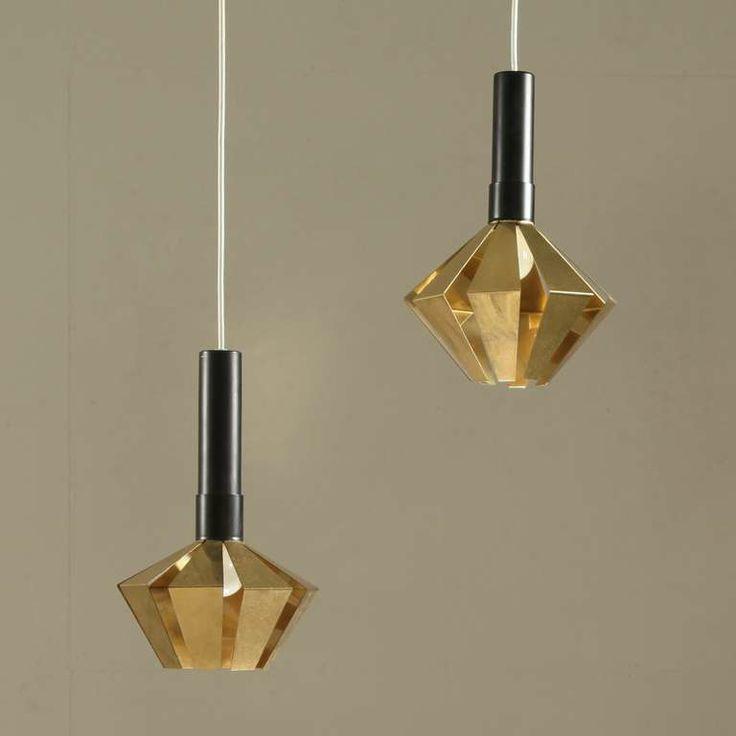 Set of 2 Itsu pendants, by Tapio Wirkkala. #Midcenturymagazine