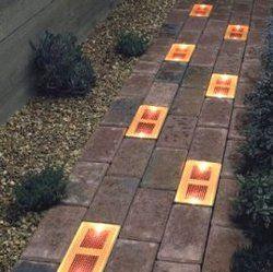 solar bricks for patio walk >> Smart!: Solar Brick, Walkways, Outdoor Patio Lights, Gardens, Cool Ideas, Brick Lights, Backyard, Lights Ideas, Patio Brick