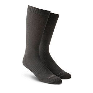 With an elastic arch panel and cushioned sole, these socks provide an enhanced fit. T-MAX HEAT™ technology provides superior heat retention and temperature regulation