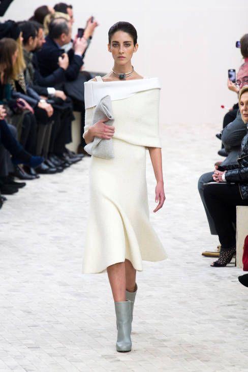 Off-the-shoulder chic at Céline Fall 2013 #runway #fashionweek - very chic