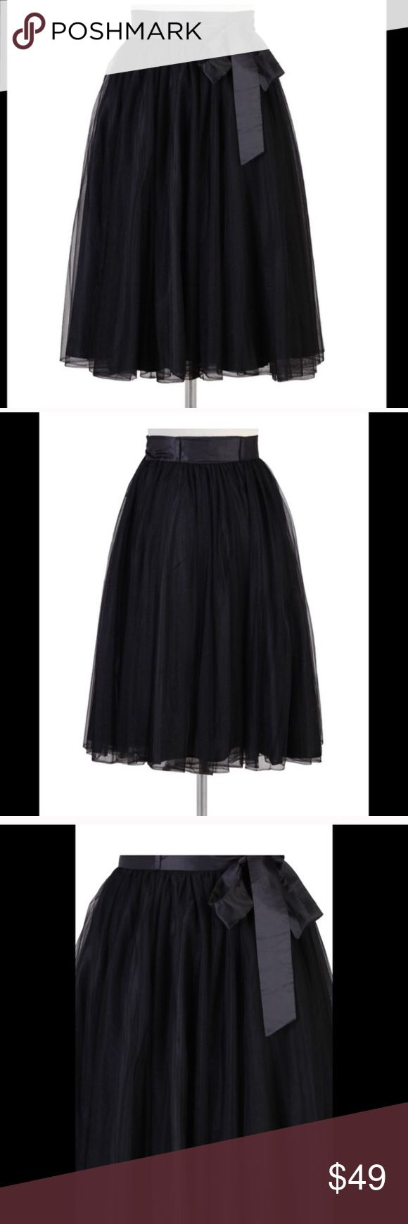 """Eshkati Midi Crinoline Skirt - Size 14 Want to feel beautiful and romantic with the right about of whimsy and be completely comfortable? This skirt is perfect for you!  This skirt is made of layered black tulle and a black band with removable sash. Length - 31 1/2"""" eshakti Skirts Midi"""