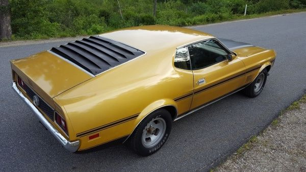 Http Www Legendaryfind Com 2019 02 12 1972 Ford Mustang Mach 1 72 Ford Mustang Sportsroof Fastback With Mach 1 Options An Ford Mustang Mustang Mach 1 Mustang