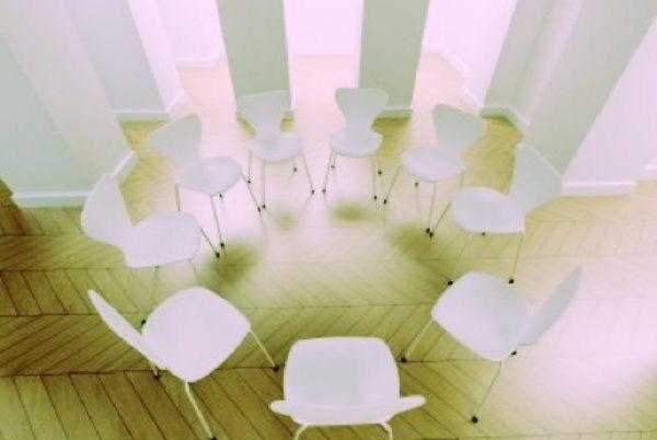 La politica dell'M5S è terapia di gruppo?    http://tuttacronaca.wordpress.com/2013/09/02/la-politica-dellm5s-e-terapia-di-gruppo/