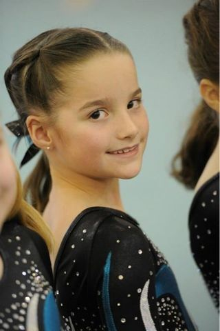 bratayley - Google Search. She is the best at gymnatics. I actually watch their videos!!! Annie's real name is Juliana simular like mine