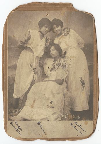 Harper Franklin, Beatrice Coleman (1892 - unknown) and Beatrice Cloman Dedman (1895 - 1990). 1915 Dermott, Arkansas. Collection of the Smithsonian National Museum of African American History and Culture, Gift of Princetta R. Newman.