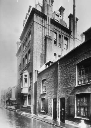Her Majesty's Hospital Home, Stepney Causeway, c 1900. Dr Barnado's home.