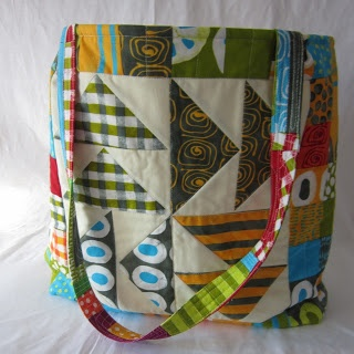 Fabric Fascination: Block of the Month Tote Bag