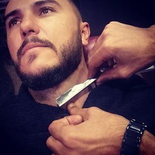 Thanks to @michael_rebolo for this #selfie he was taking this #photo whilst trying not to get his throat slit #cutthroat #oldshcool #menscuts #combover #slickback #metrosexual #beard #instabeard #beardenvy #beardculture #beardmovment #bearddusud #bonafidebeards #beardlove #jhbsouth #johannesburg #aspenhills #thebarbershopaspen