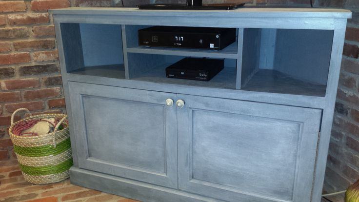 Corner TV Stand | Do It Yourself Home Projects from Ana White