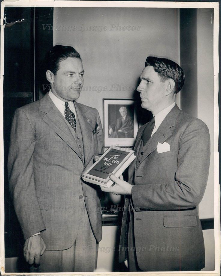 1946 US Senator Henry Cabot Lodge Jr Clyde Casady Supreme Court Press Photo