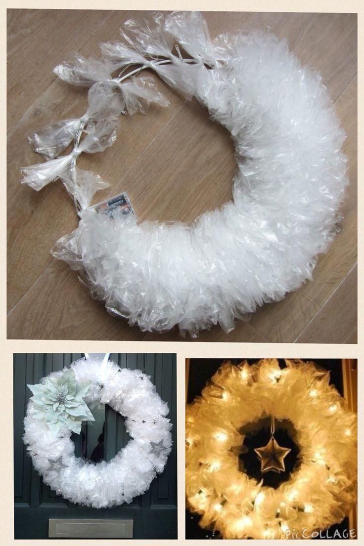 Kerstkrans maken van plastic zakjes!