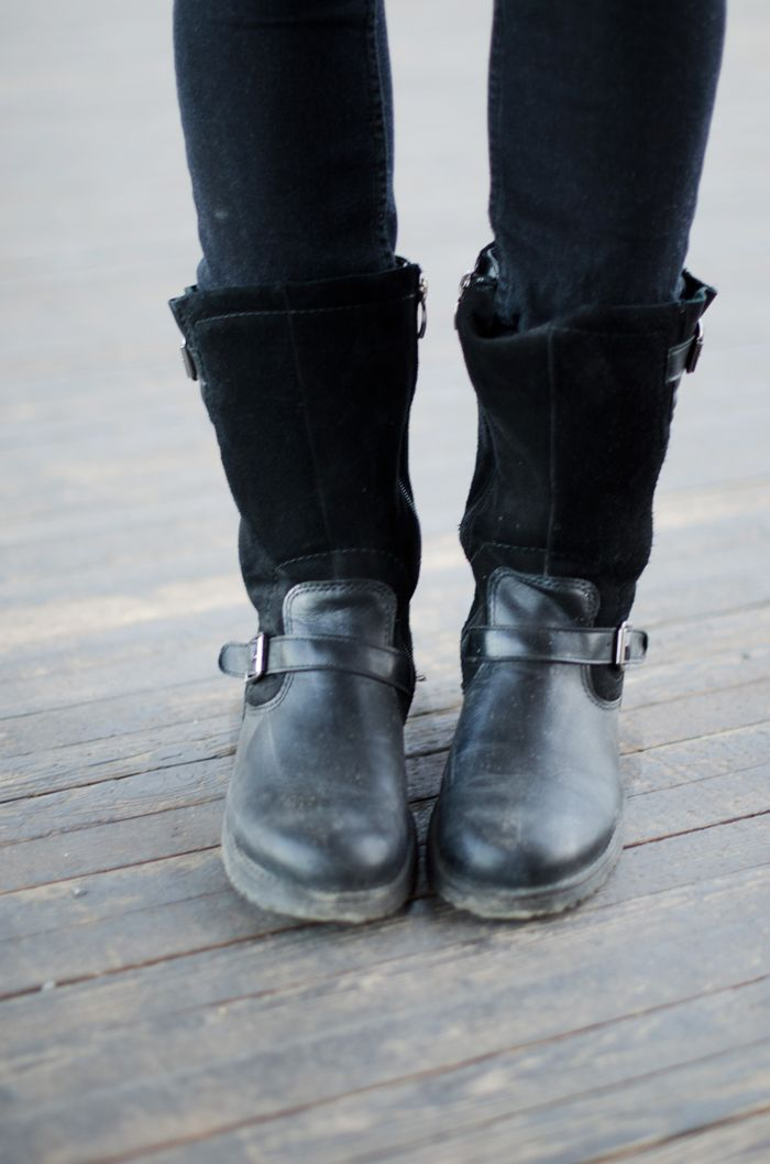 Fashion Tipsy: Black biker boots in leather